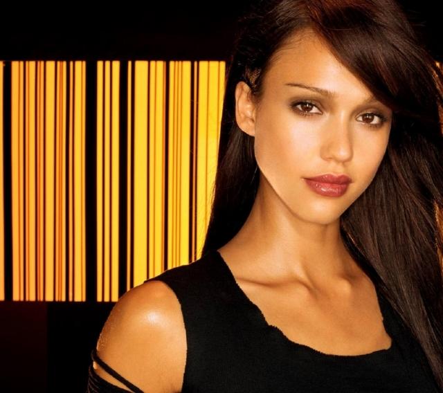 women_jessica_alba_dark_angel_1680x1050_wallpaper_Wallpaper_1080x960_www.wallpaperswa.com