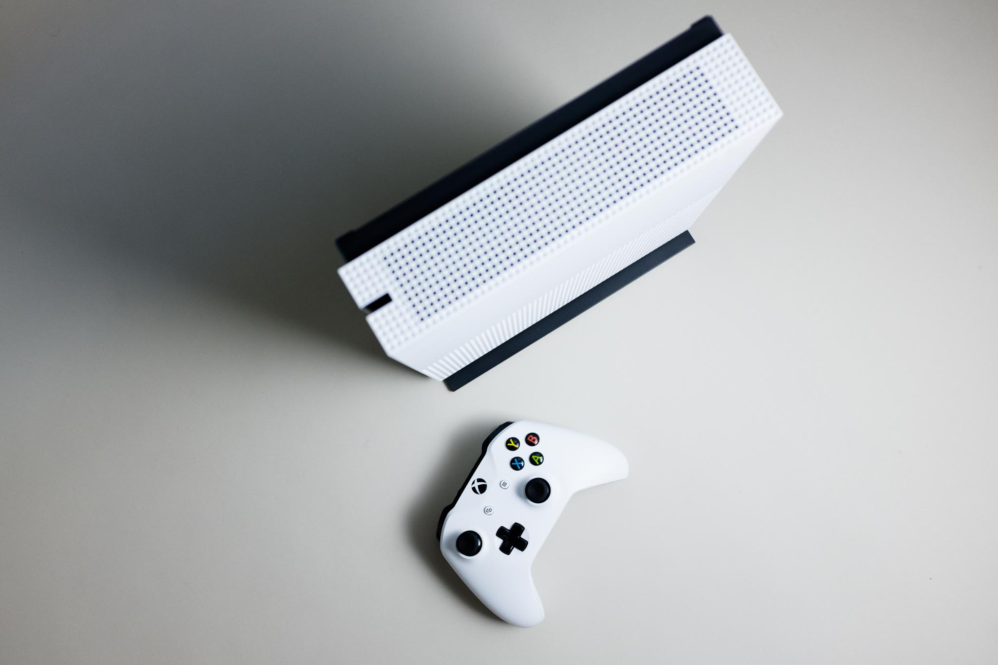 The Xbox One S is 3 Years Too Late | I Am Your Target Demographic